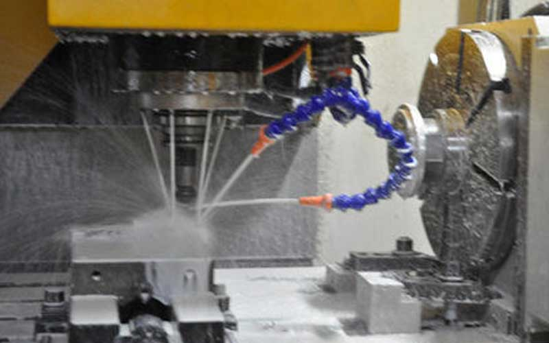 The modification of gantry milling machine adapts to different processing objects