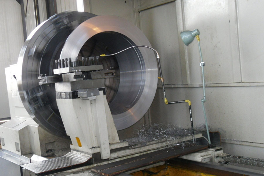 The production process of precision parts